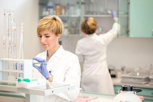 Appello al Governo per esentare dall'imposta IVA la ricerca scientifica