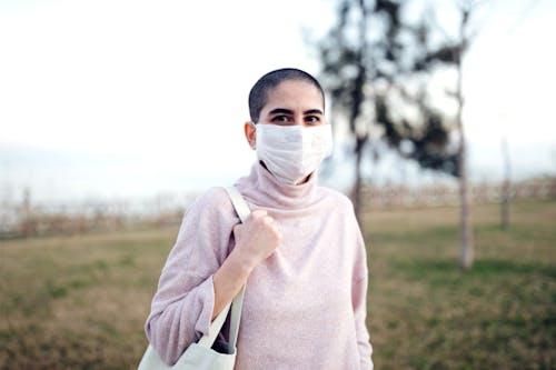 Covid-19: i tumori non sono tutti uguali davanti al virus