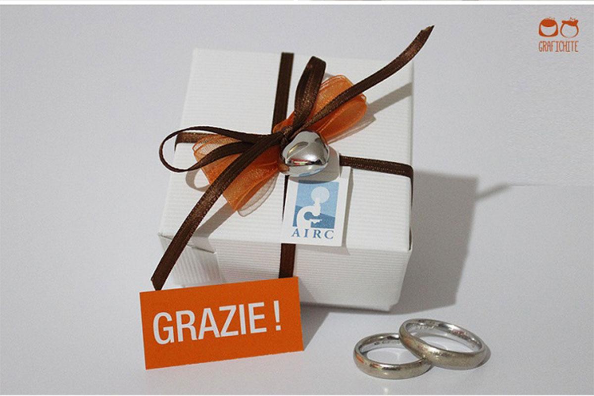 Bomboniere Airc Matrimonio.Personalizzare Le Bomboniere Solidali A Scatoletta Airc