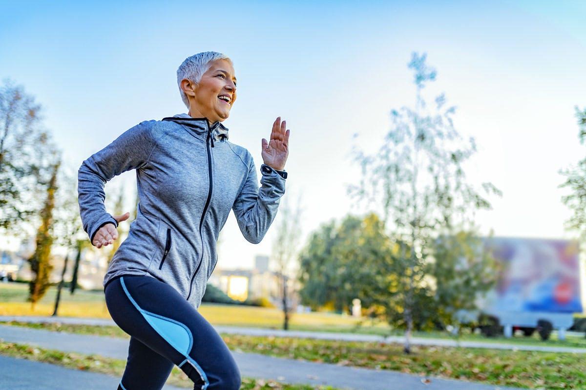L'esercizio fisico aiuta gli anziani a stare meglio durante la chemio