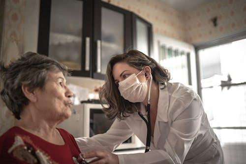 Dalle statine un aiuto per il cuore delle donne con tumore del seno